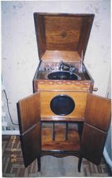 Антикварная радио-,  теле аппаратука